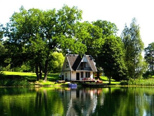 Most beautiful lake view cottages scott emma for Beautiful cottages pictures